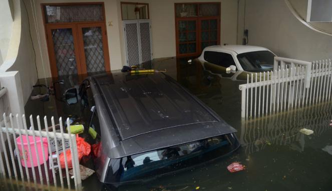Tips Pemulihan Mobil Setelah Terendam Banjir
