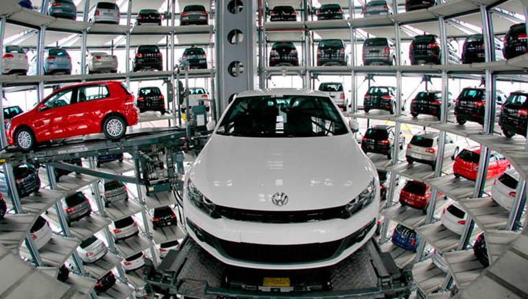 Toyota Merek Otomotif dengan Nilai Paling Tinggi