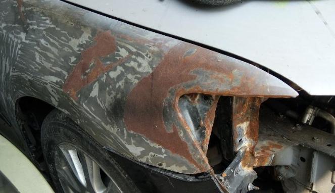 Intip Biaya Perbaikan Bodi Mobil yang Berkarat