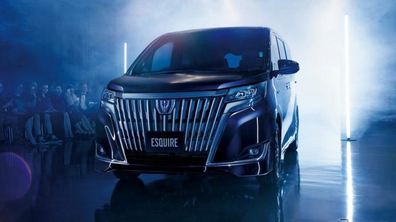 Toyota Indonesia Sudah Pelajari 3 Minivan Baru