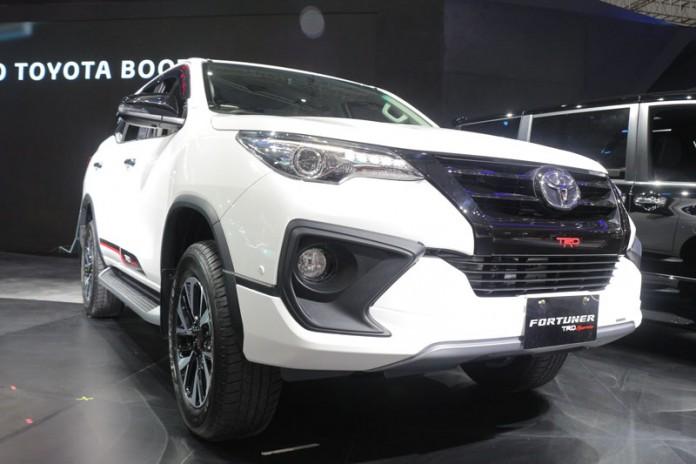 Toyota Fortuner TRD Sportivo 2017 Menawarkan Rasa Baru