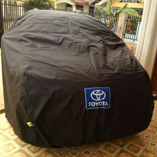 Hati-Hati! Bahan Cover Mobil Tahan Air Bisa Sebabkan Bodi Berkarat